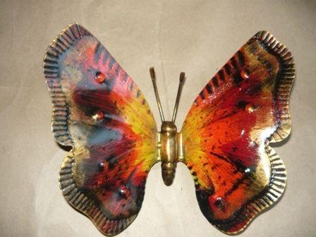 Farfalla in ferro battuto lavorata grande con gancio da parete