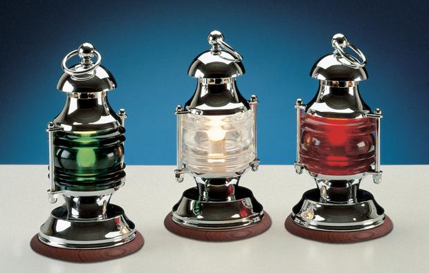 Lampada da tavolo in ottone cromato con base in legno e vetri colorati