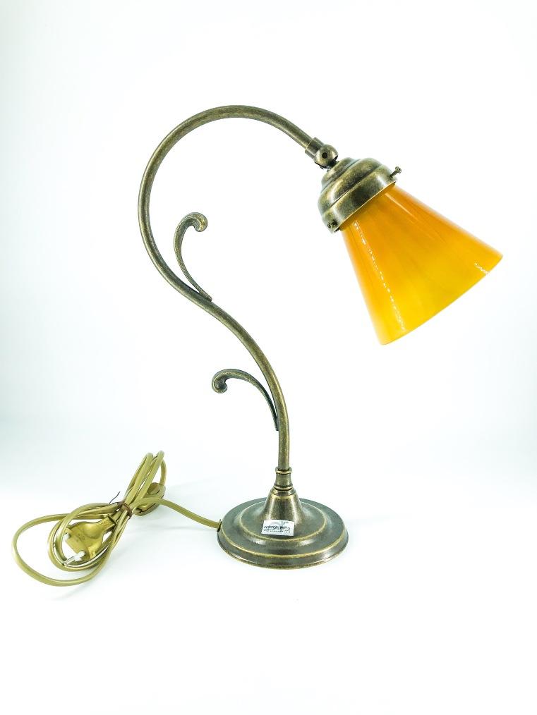 Lampada da tavolo doppio riccio ottone con vetro giallo ocra