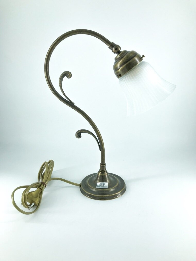 Lampada da tavolo ottone stile liberty vetro bianco